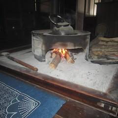 千葉家のいろり火・・・燃えつづけ守りつづけて770年の画像