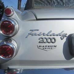日本の名車が・・・・・フェアレディ2000の画像