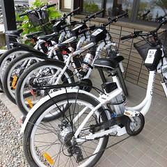 サイクリング用電動アシスト自転車の画像