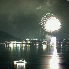 2月23日まで、土日毎河口湖冬花火行なっています。の画像