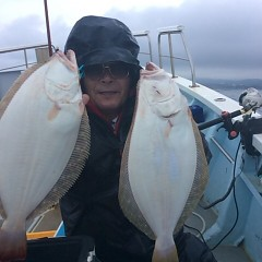 ■10月28日(金)朝便・ヒラメ釣りの写真その3