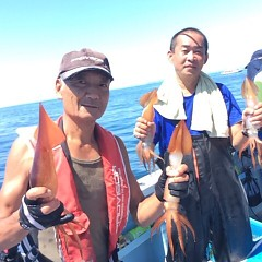 8月17日(木) 一日便・スルメイカ釣りの写真その3