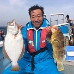 11月26日(日)  午前便・ヒラメ釣り 午後便ウタセ真鯛の写真その1