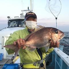 4月 24日(土) 午後便・ウタセ真鯛の写真その2