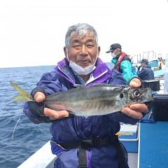 4月 27日(火) 午前、アジ釣り 午後・ウタセ真鯛の写真その2