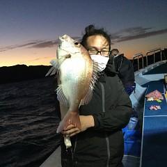 10月 17日(日)午前、午後便・ウタセ真鯛の写真その5