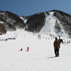 【サムネイル画像】3月21日(祝)第52回大滝山ジュニアアルペンスキー競技大会